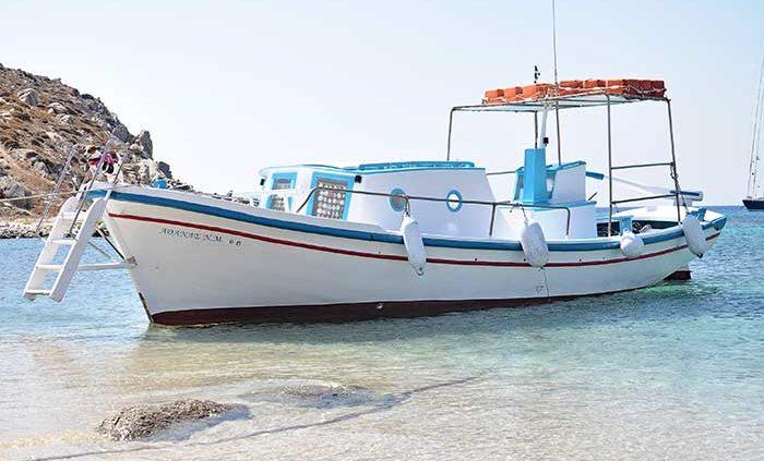 la grecia vista dal mare rineia beach spiaggia