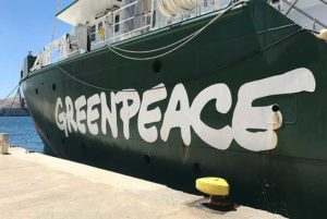 Vacanze Grecia 2018, la Grecia vista dal mare greenpeace cicladi