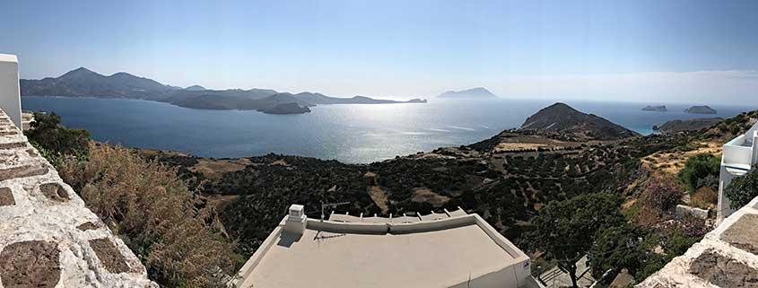 Vacanze Grecia 2018, la Grecia vista dal mare milos vista panoramica cicladi