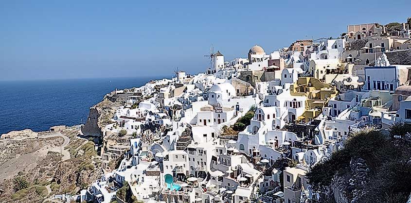 Vacanze Grecia 2018, la Grecia vista dal mare santorini oia cicladi