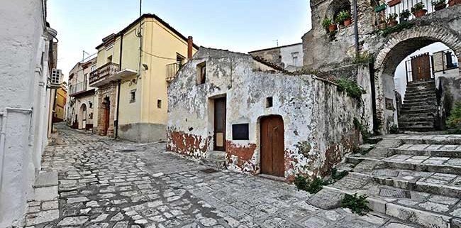 Matera discover Grottole vicoli centro storico